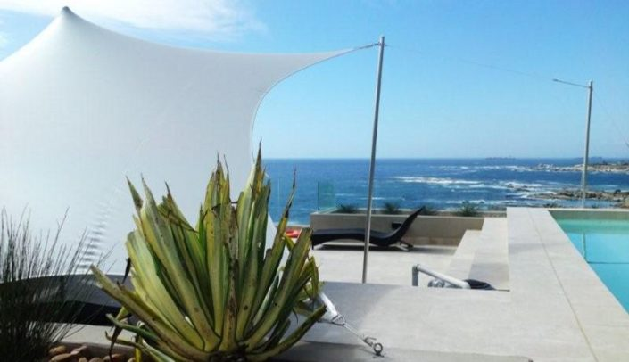 Waterproof stretch tent Sea Point